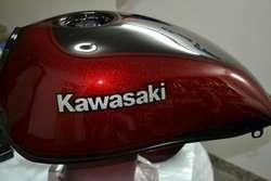 Pintura de motos y reparación de plásticos, alta terminación y calidad.