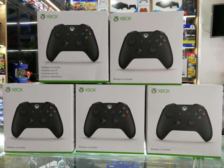 Control Xbox One Color Negro