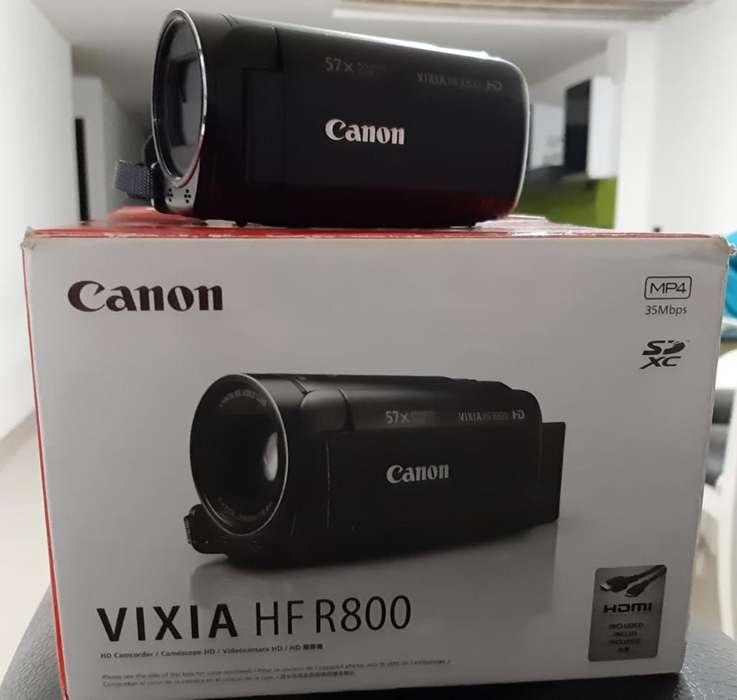 Vendo Filmadora Canon. Excelente Estado