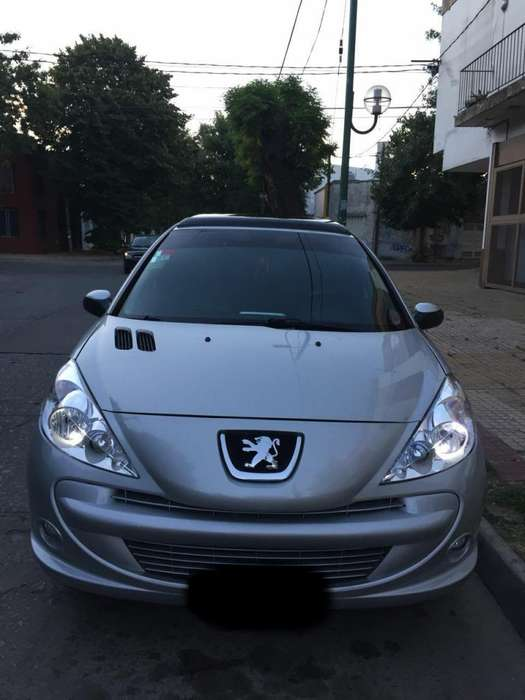 <strong>peugeot</strong> 207 Compact 2012 - 116000 km
