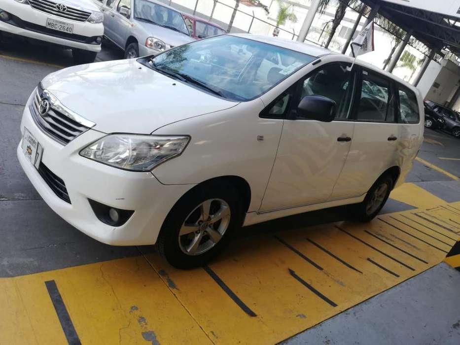 Toyota Innova 2015 - 84215 km