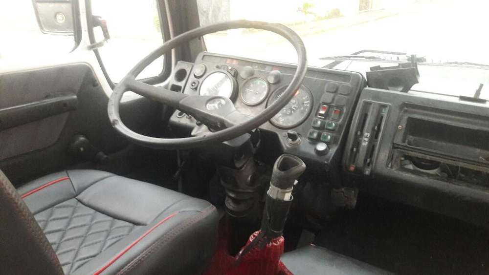 Camion Metcedes Benz 1620
