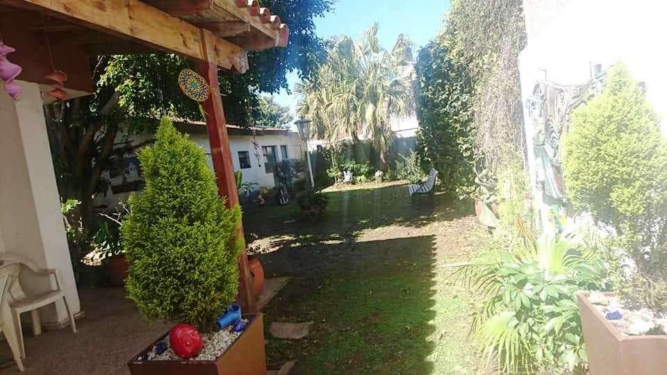 Chalet en EzpeletaQuilmes, 2 dormitorios y parque !!
