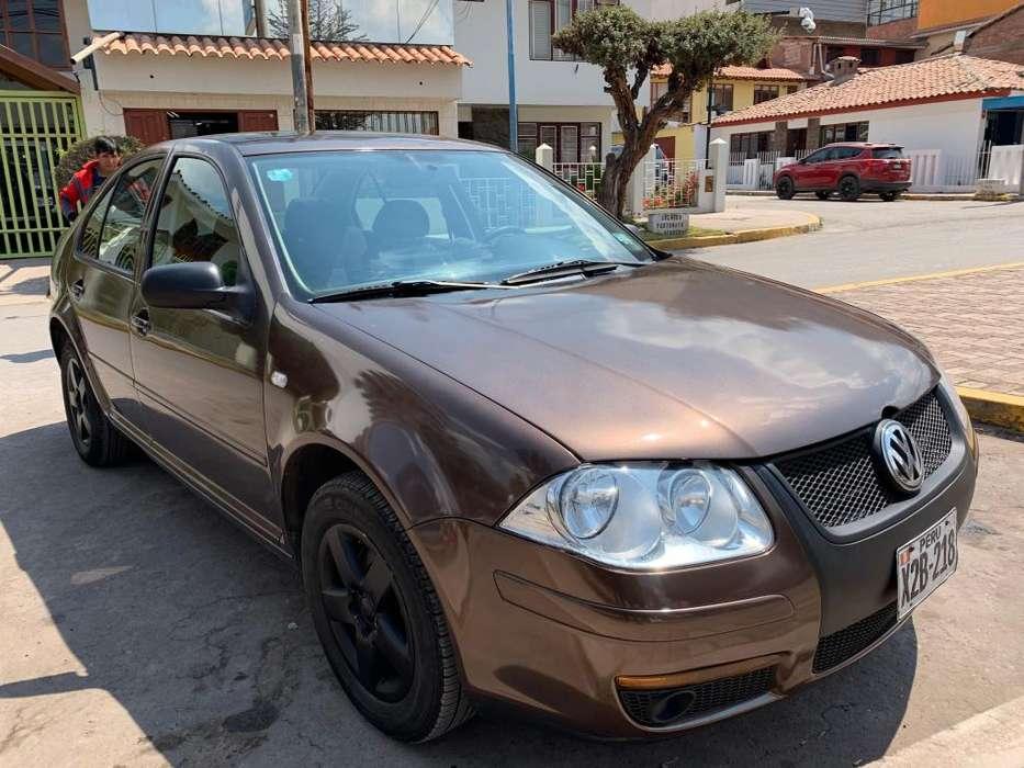 Volkswagen Bora 2012 - 49000 km