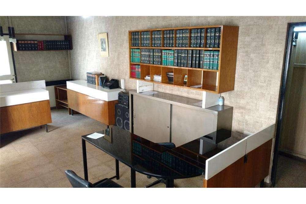 Duplex en Microcentro ideal oficinas