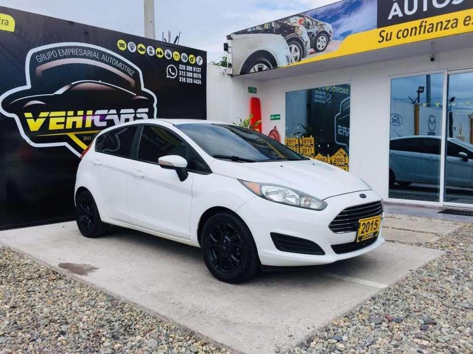 Ford Fiesta  2015 - 68000 km