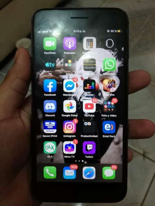 iPhone 8Plus a 1400