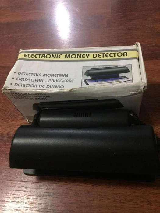Maquina Detectora De Billetes Falsos Luz Ultravioleta