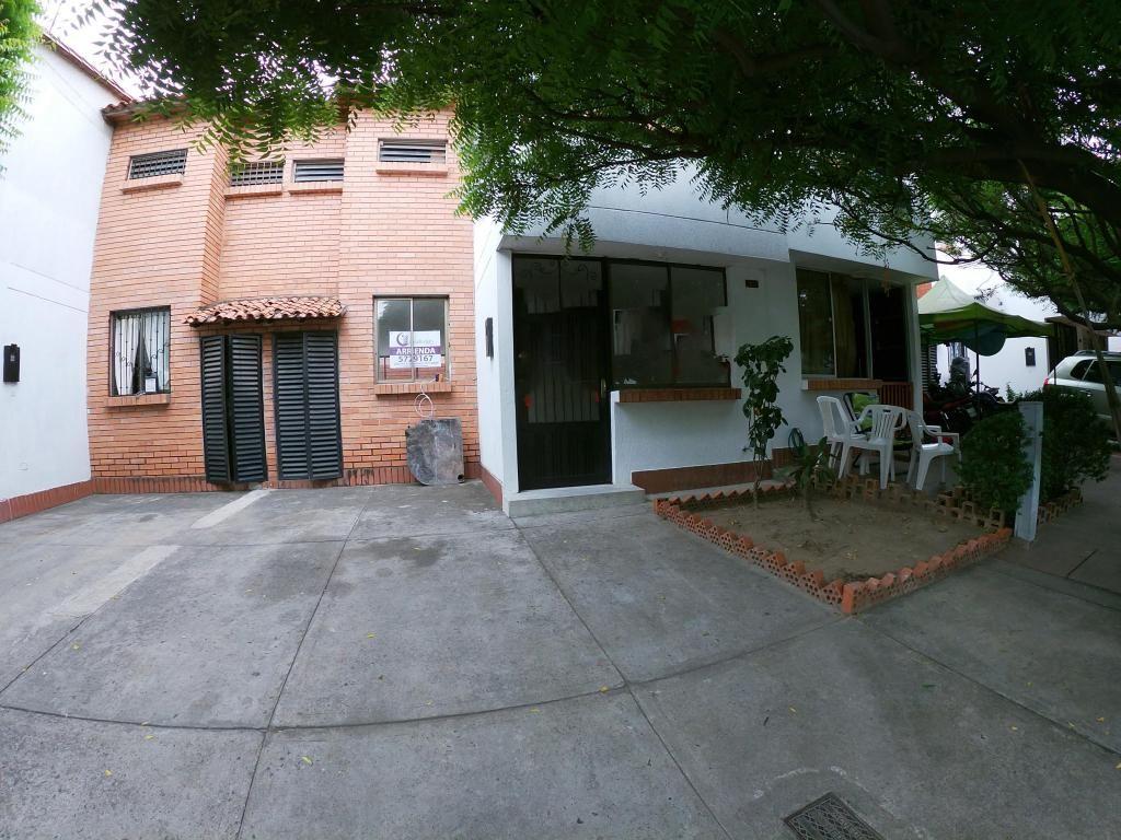 Arrienda Casa, Prados Norte, Código 1035