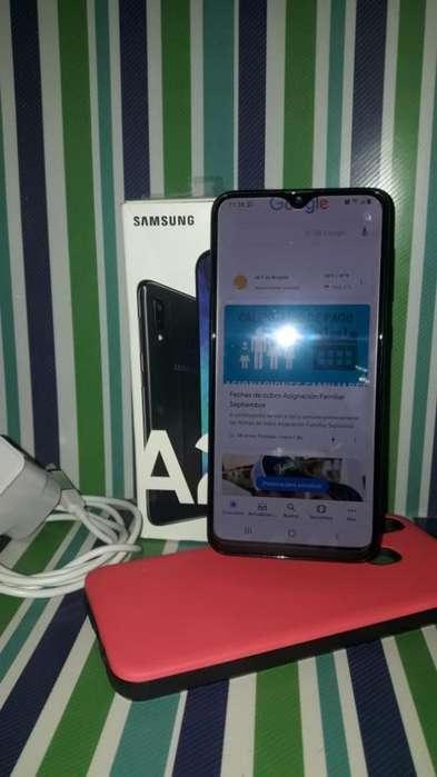 Vendo O Permuto . Samsung A20 Libre