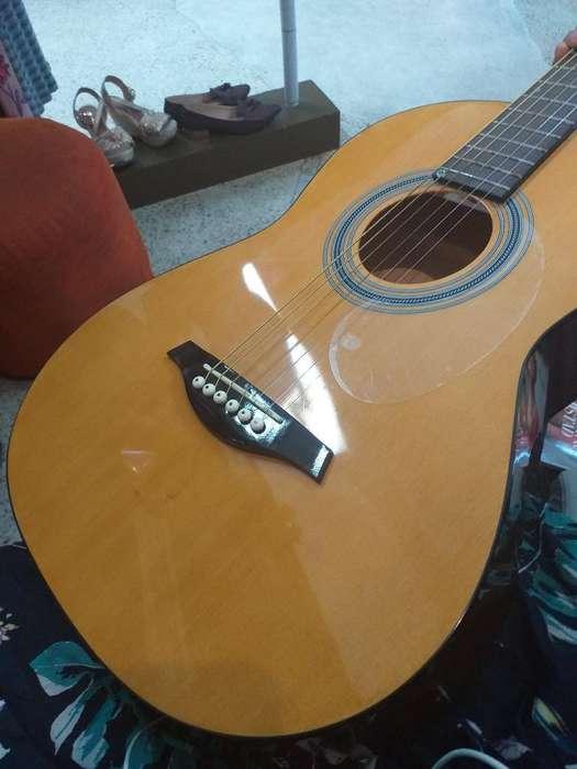 Vendo Guitarra Hohner