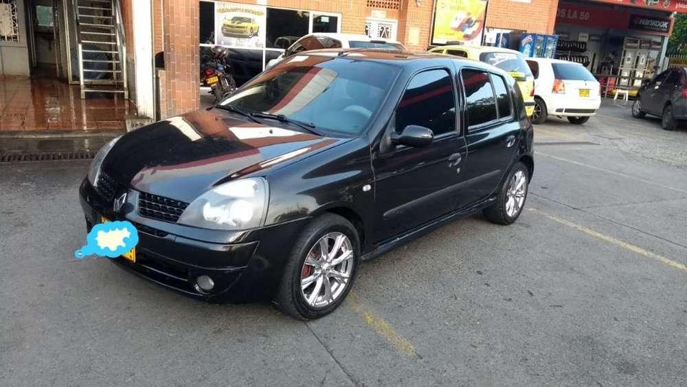 Renault Clio  2007 - 115000 km
