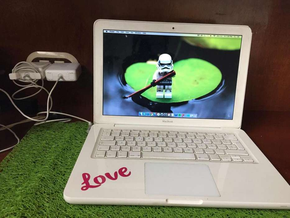 MacBook Unibody White classic