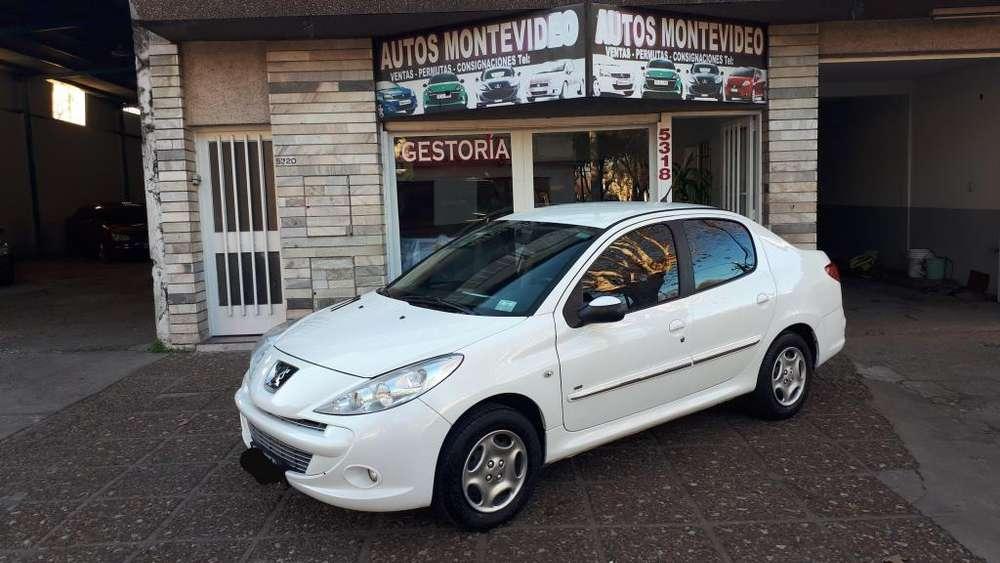 Peugeot 207 Compact 2013 - 117000 km