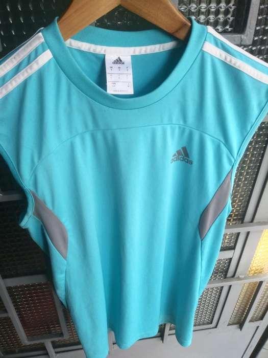 Polo Adidas Talla S O M Pegado Original