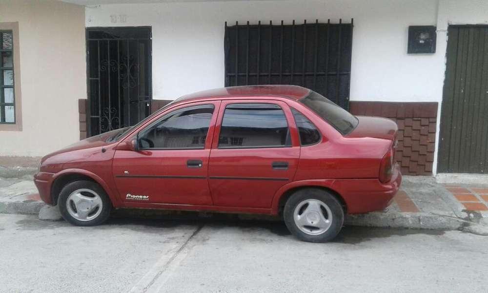 Chevrolet Corsa 4 Ptas. 1997 - 273000 km