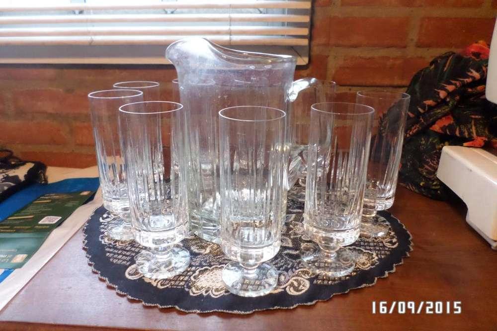Jarra De Cristal Tallado Y 9 Copas De Cristal Tallado