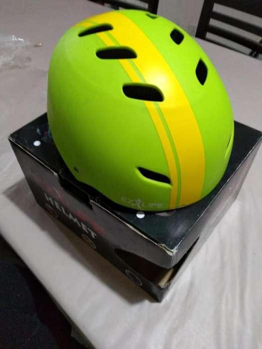 Casco Skateboard Ez Life Helmet