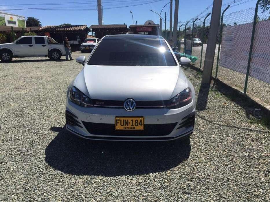 Volkswagen Golf 2019 - 5958 km