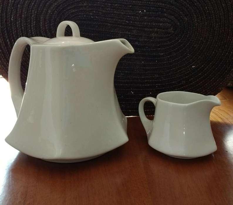 Tetera con Lechera de Ceramic