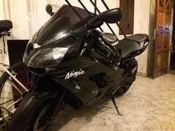 Vendo/permuto Kawasaki Ninja Zx10r 94