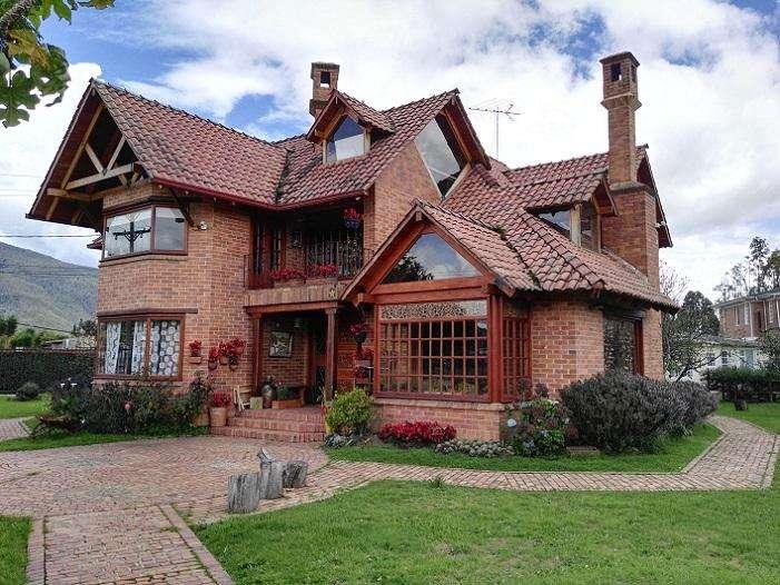 3925 - Casa en Venta en Guaymaral