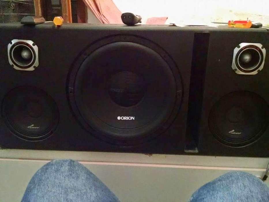 Amplificador Audiopipe Y bajo Orion