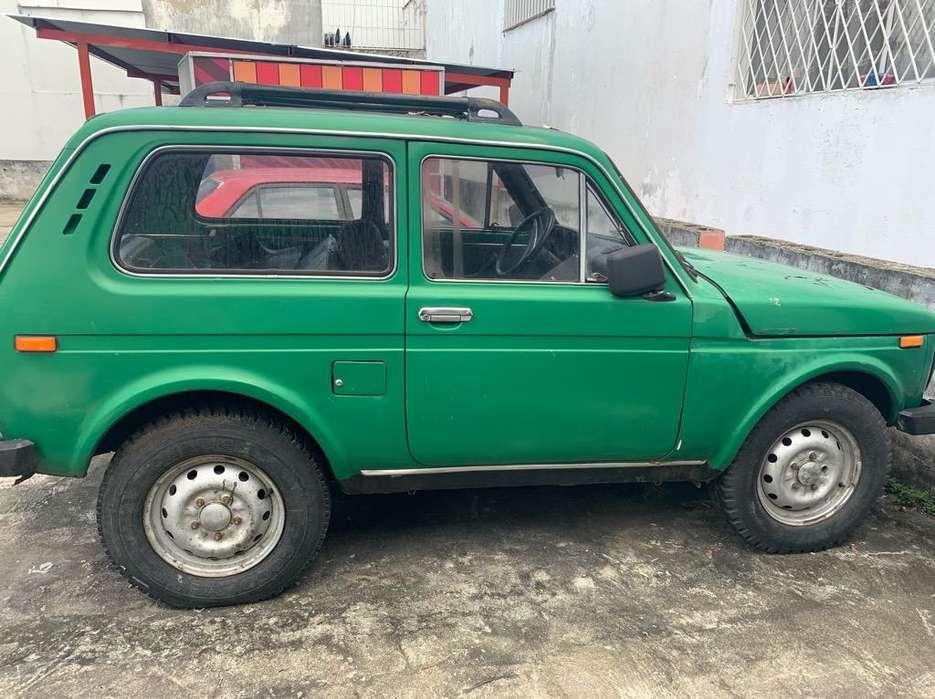 Lada Niva 1981 - 50000 km