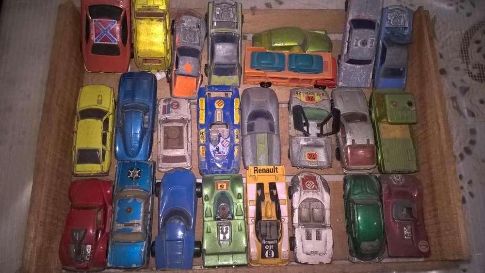 Lote 24 autitos años 80s Majorette, Muki, Matchbox, Tomica y otras marcas.