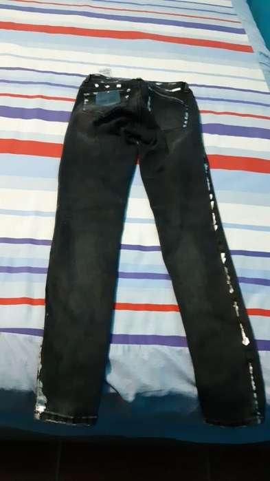 Se Vende Pantalones Lujuria Y Nye