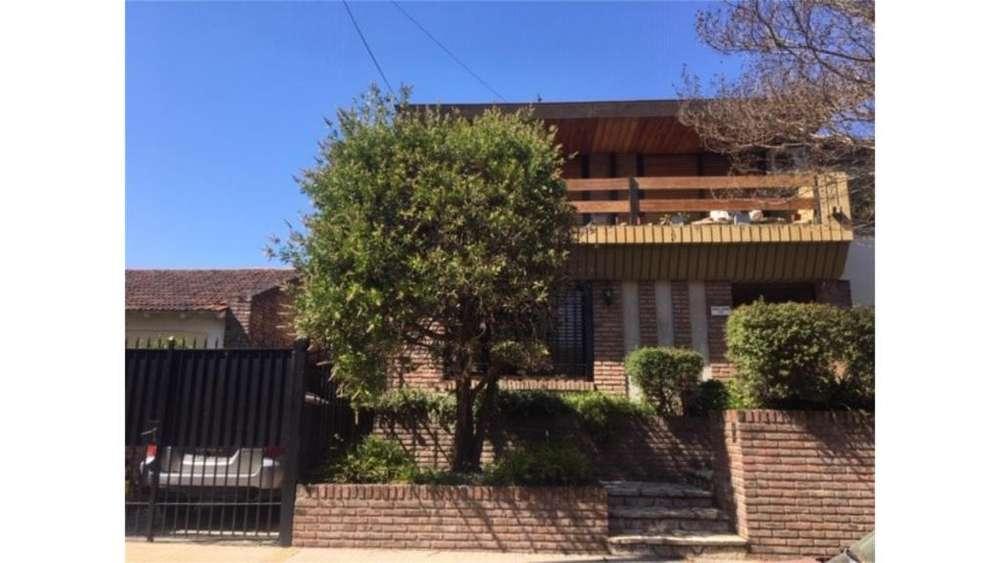 Guido Spano 100 - UD 550.000 - Casa en Venta