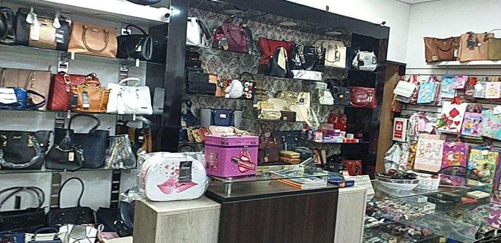 Traspaso local comercial en el centro de tarapoto