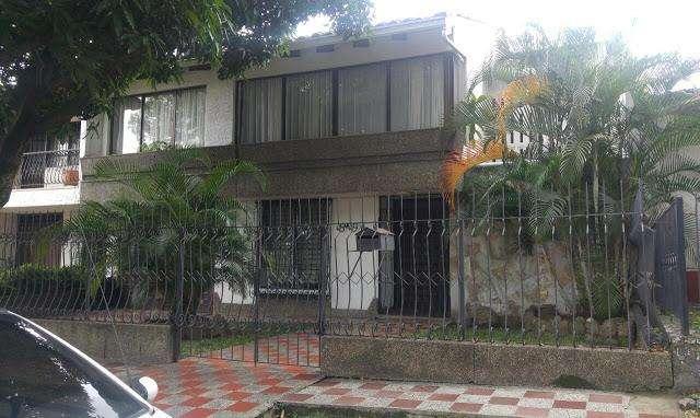 VENTA DE CASAS EN LA FLORA NORTE CALI 654-216