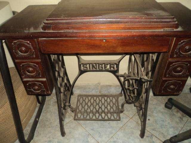 maquina de coser antigua singer completa con su mueble funciona todo