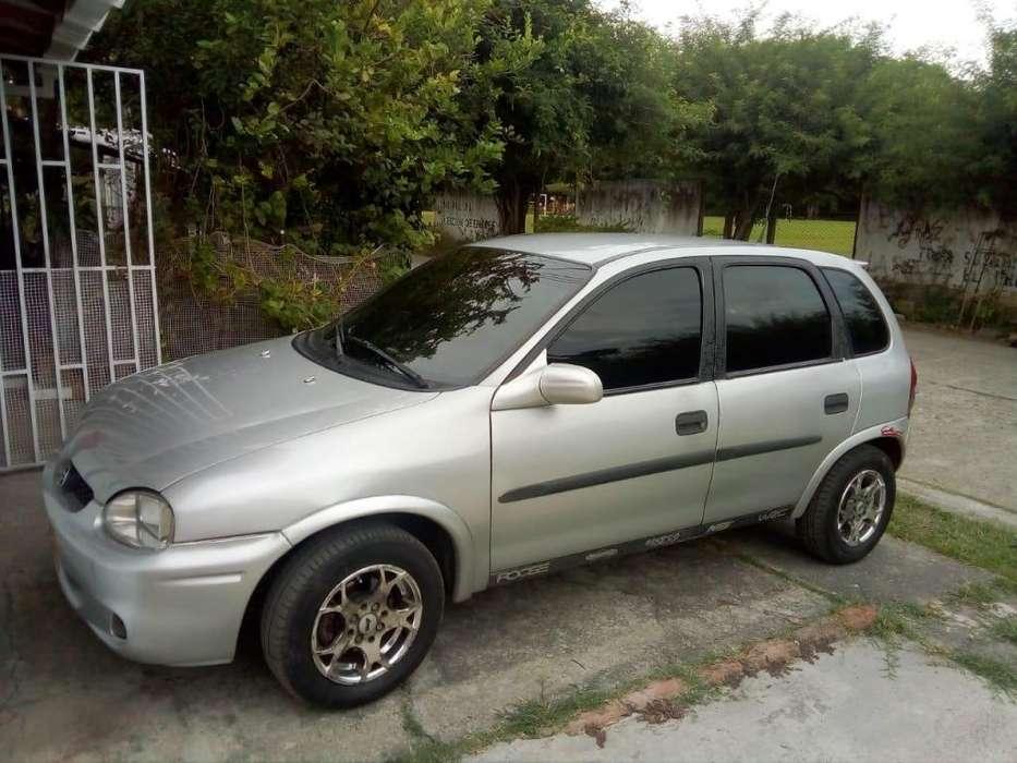Chevrolet Corsa 4 Ptas. 2001 - 2465 km