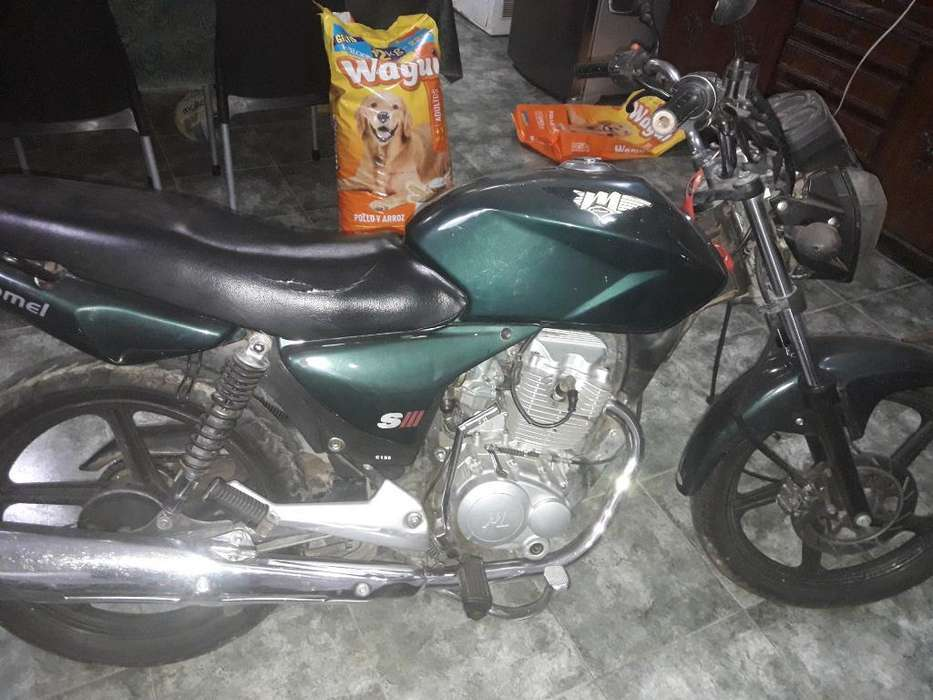 Vendo Motomel 150 Modelo 2013