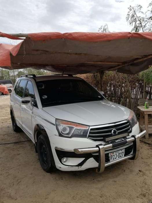 SsangYong Otro 2014 - 140000 km