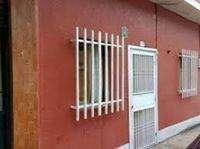 VENTA de casa en Villa Angelita!!!! UBICACIÓN INMEJORABLE!!para correr escrituras!!