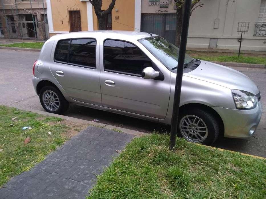 Renault Clio Mío 2015 - 44000 km
