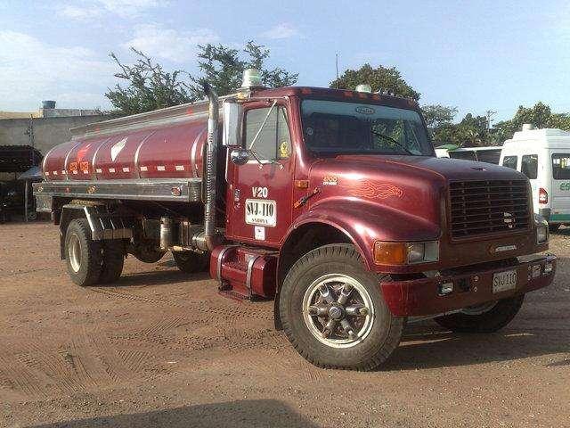Servicio de Transporte Y Suministro de Agua en Carrotanque Las 24 Horas Cisterna Tanque