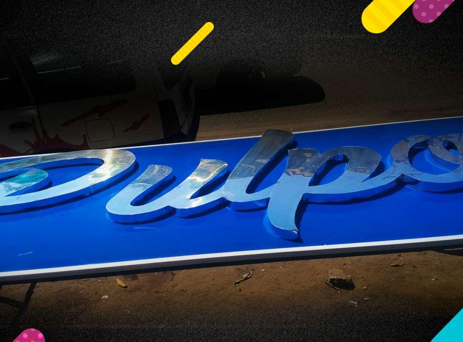 El Pulpo Base MDF Alum. Plateado letrero Logo pintura acrilica