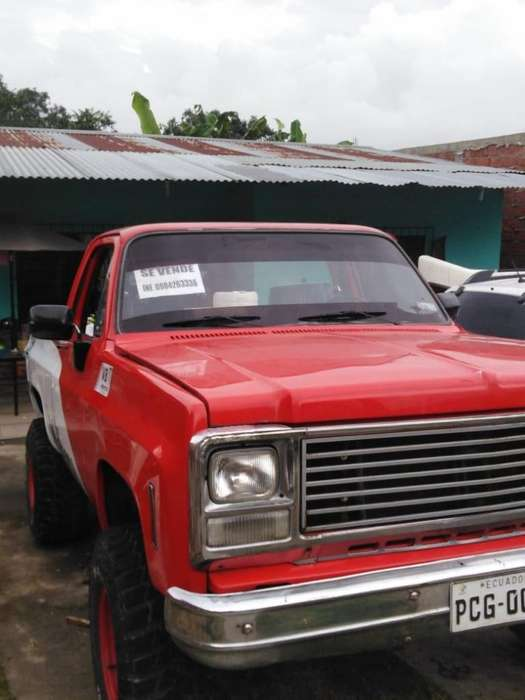SE VENDE <strong>camioneta</strong> CHEVROLET BLAZER MODELO 10000 NEGOCIABLES