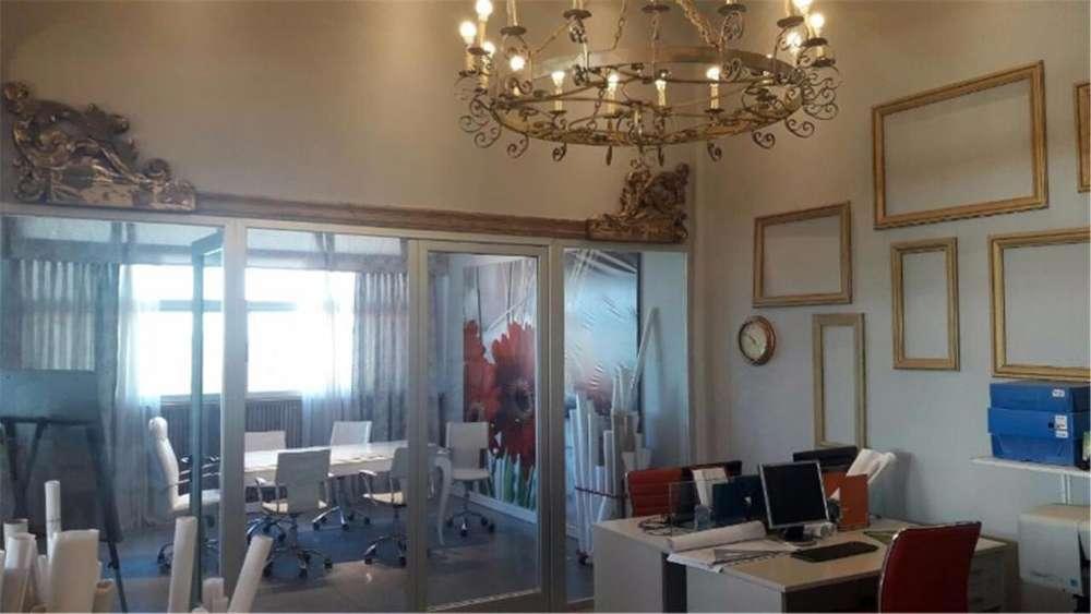 Pilara Lote / N 100 - UD 160.000 - Oficina en Venta