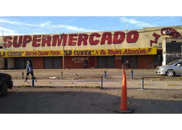 Importante Supermercado Mas Fondo de Comercio