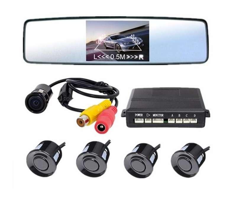 Espejo retrovisor con pantalla, cámara y sensores de estacionamiento trasero universal