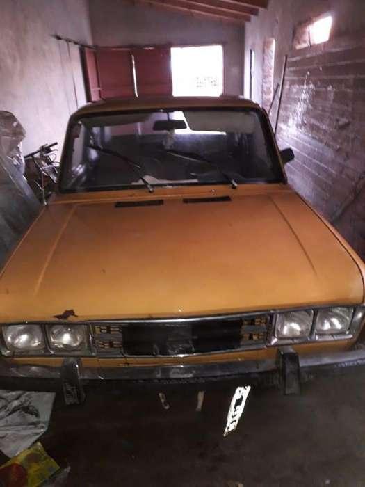 Ford Otro 1973 - 300000 km