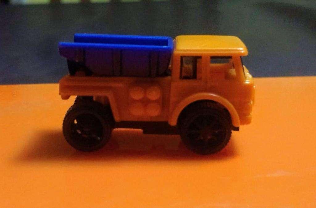 Camión Kinder colección