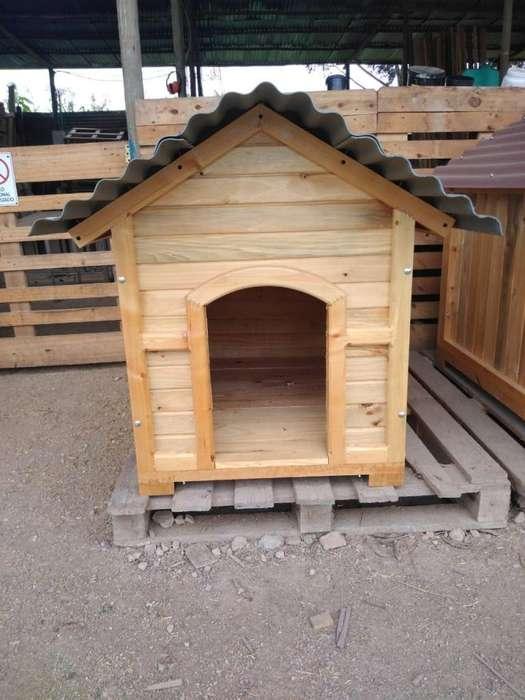 Casas de perros en madera