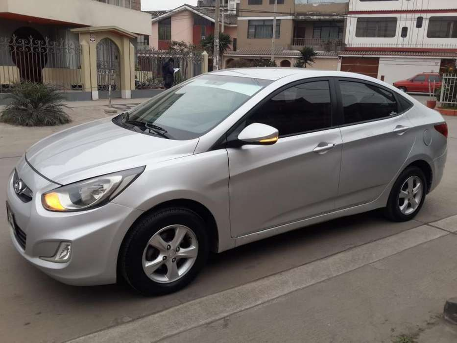 <strong>hyundai</strong> Accent 2011 - 88000 km