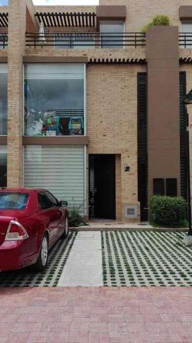 SE VENDE CASA CAJICA CANELON $450 MILLONES. PERMUTO POR <strong>apartamento</strong> EN CEDRITOS MENOR VALOR